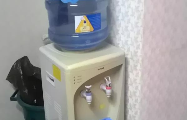 معایب خرید آبسردکن های کارکرده - اندیشه سبز