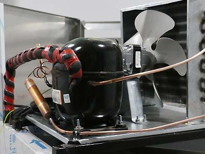 نوع موتور سرماساز به کار رفته در سردخانه دو درب - اندیشه سبز